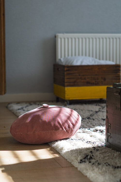 como limpiar una alfombra sin aspiradora